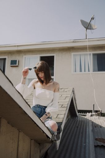 WHY SASHA SLOAN IS THE MUSIC INDUSTRY'S FAVORITE SAD GIRL