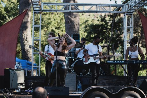 ANNABEL LEE BRINGS 'LOS ANGELES' COMMUNITY TOGETHER FOR A DRIVE-IN CONCERT, RELEASE SHOW