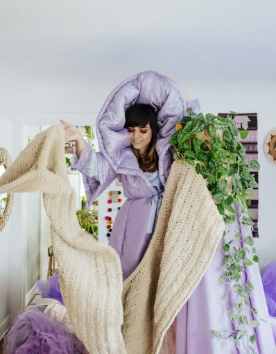 IDLE HANDS: JARINA DE MARCO IS MAKING A SCARF TO RIVAL LENNY'S