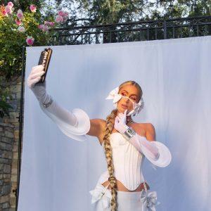 PRE-ORDER: LADYGUNN #20 PARIS HILTON – PRINT